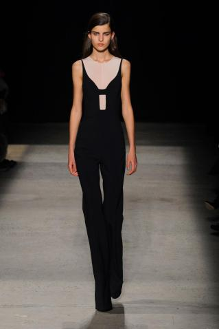 defile-narciso-rodriguez-automne-hiver-2015-2016-new-york-look-7