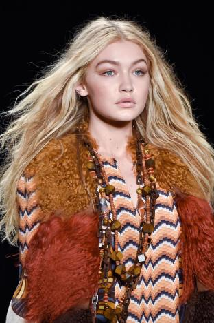 detail-defile-anna-sui-automne-hiver-2015-2016-new-york-detail-2